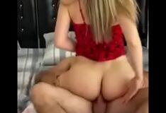 Marido corno filma esposa tirando pau do comedor da buceta e colocando no cu